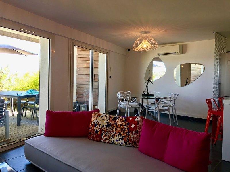 Appartement de Standing de 6 personnes avec vue mer et accès direct mer, location de vacances à La Ciotat