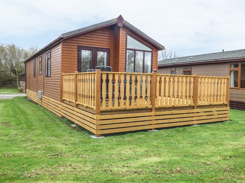 Les Hirondelles, SOUTH LAKELAND LEISURE VILLAGE, casa vacanza a Warton