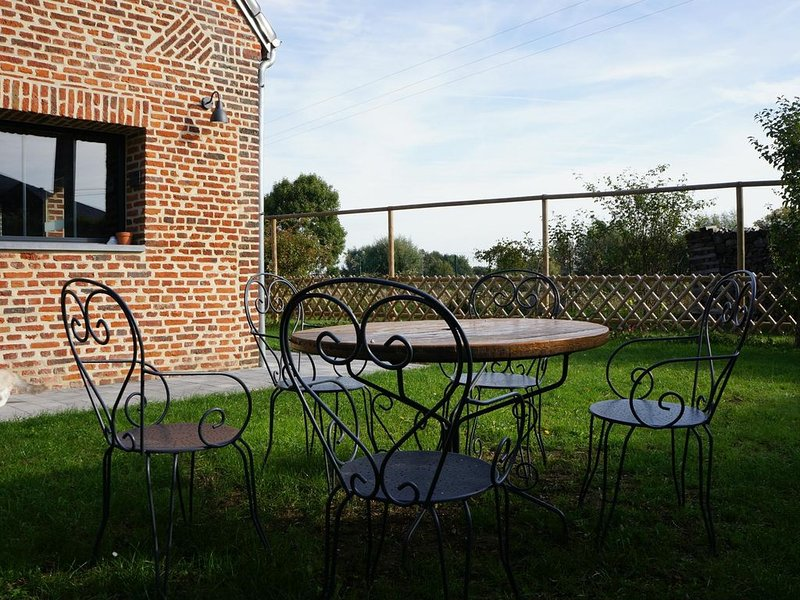 L'Atelier, maison de campagne, style industriel., holiday rental in Tournai