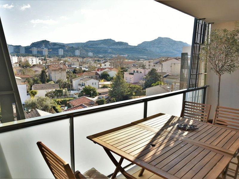 Appart 3 p terrasse. 4 couchages, 2 ch climatisées. 10mn à pied plages du Prado, casa vacanza a Marsiglia