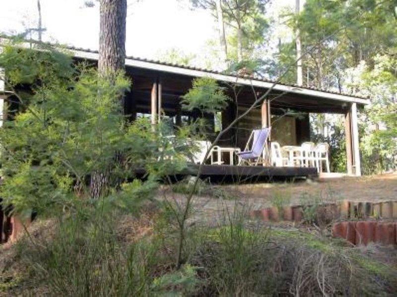 Maison avec jardin------------------------, vacation rental in Lacanau