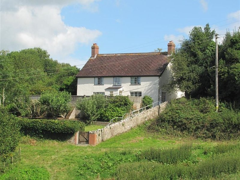 Hill Cottage, THORNCOMBE, alquiler vacacional en Chardstock