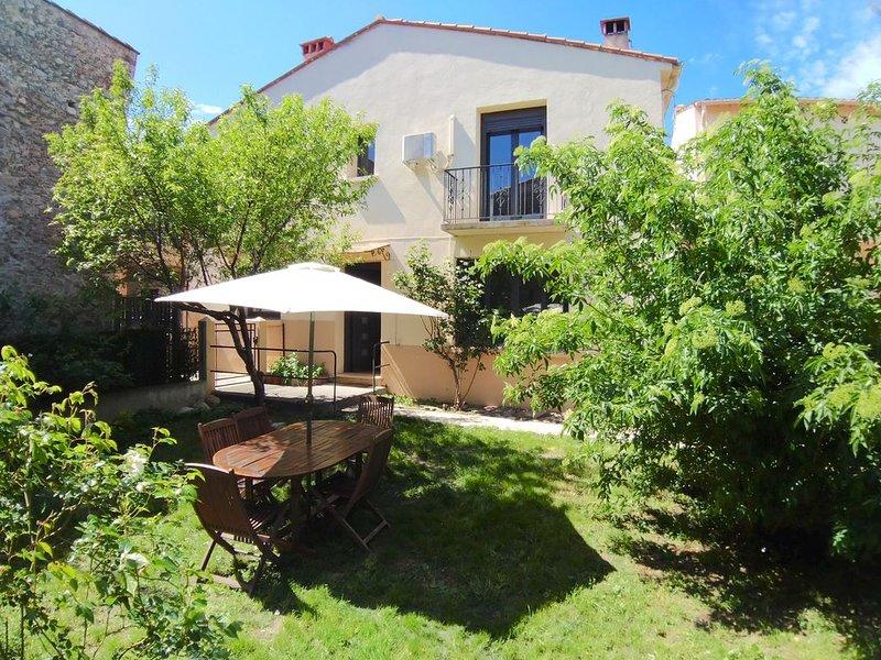 Maison 3 ch. Classée 3*, jardin, wifi, garage, holiday rental in Ille-sur-Tet