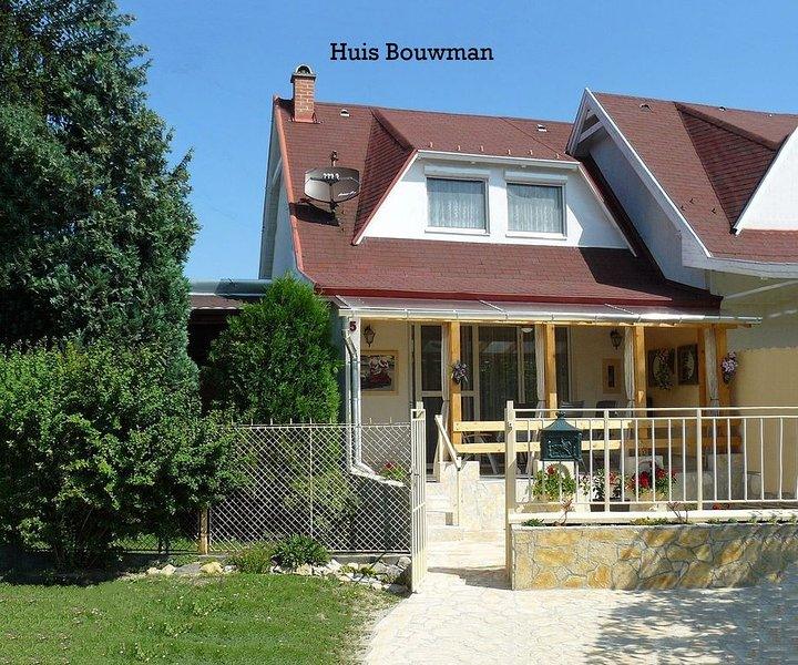Vakantiehuis Bouwman aan het Balatonmeer, vacation rental in Balatonakali