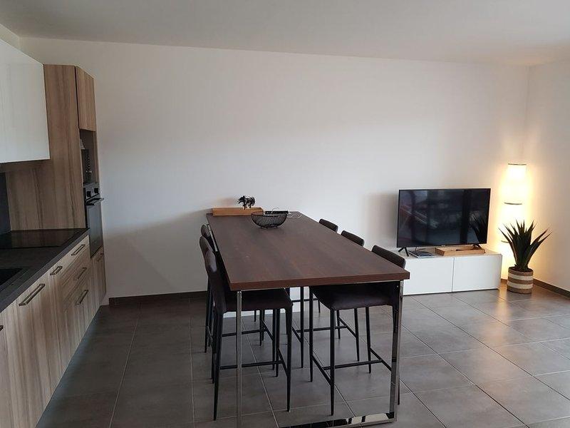 PORTICCIO Appartement CLIM  6 personnes - 300 m plage, holiday rental in Porticcio