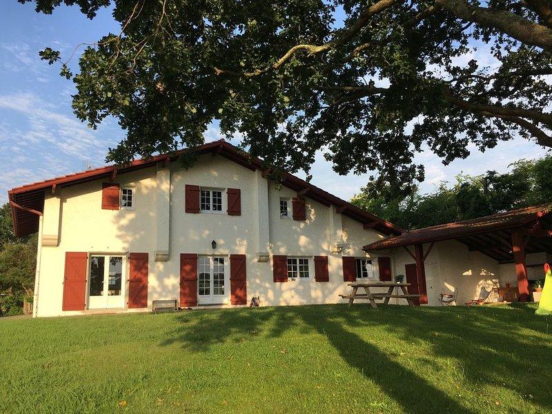Villa 8 personnes cote basque Bidart, vacation rental in Ahetze