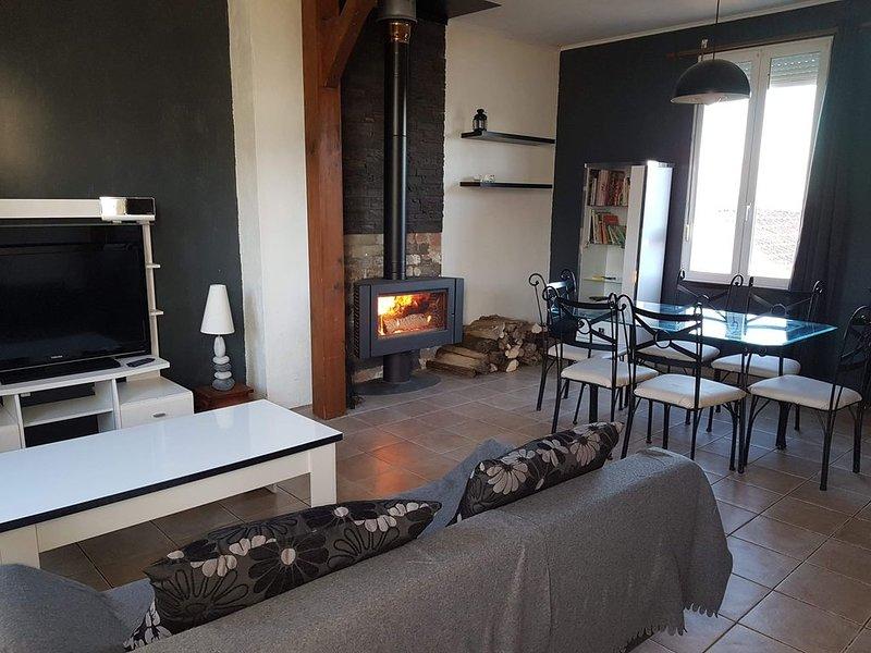 Maison individuelle 'Aux quatre vents ', holiday rental in Dole