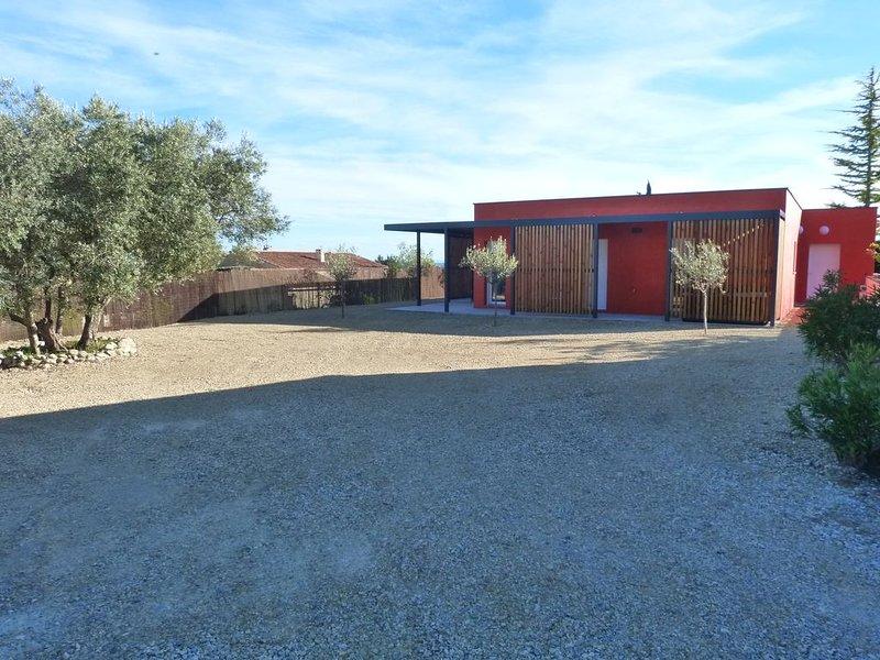 Les LODGES II,  au milieu des lavandes et des oliviers., location de vacances à Valensole