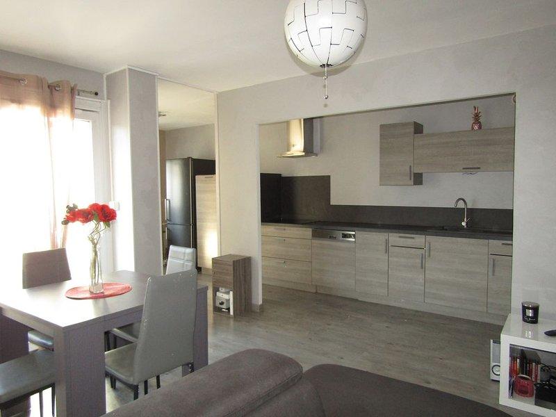 Appartement 70m² au centre de Reims proche des principaux centres d'intérêts, location de vacances à Chigny les Roses