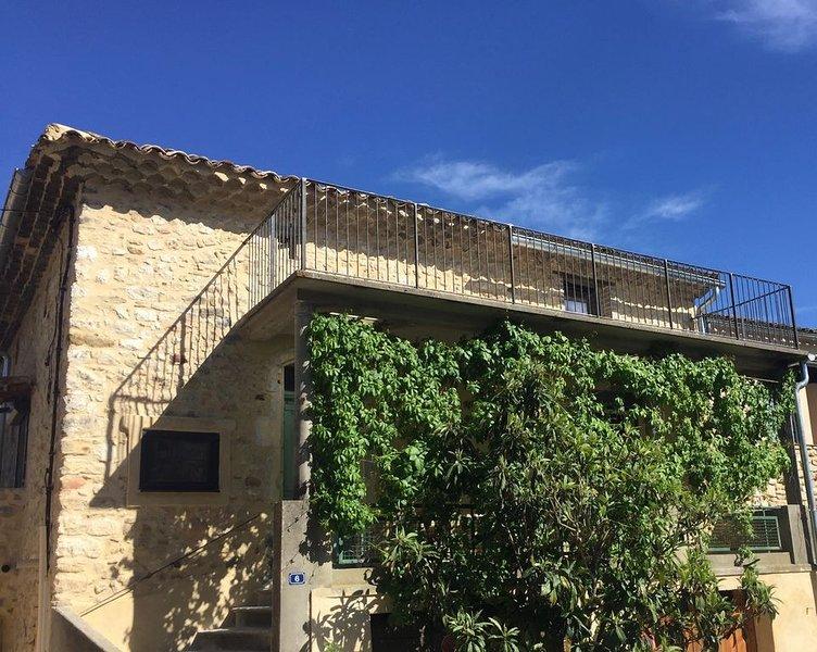 Gîte totalement rénové pour 8 personnes au coeur de la vallée de laCèze, vakantiewoning in La Roque-sur-Ceze