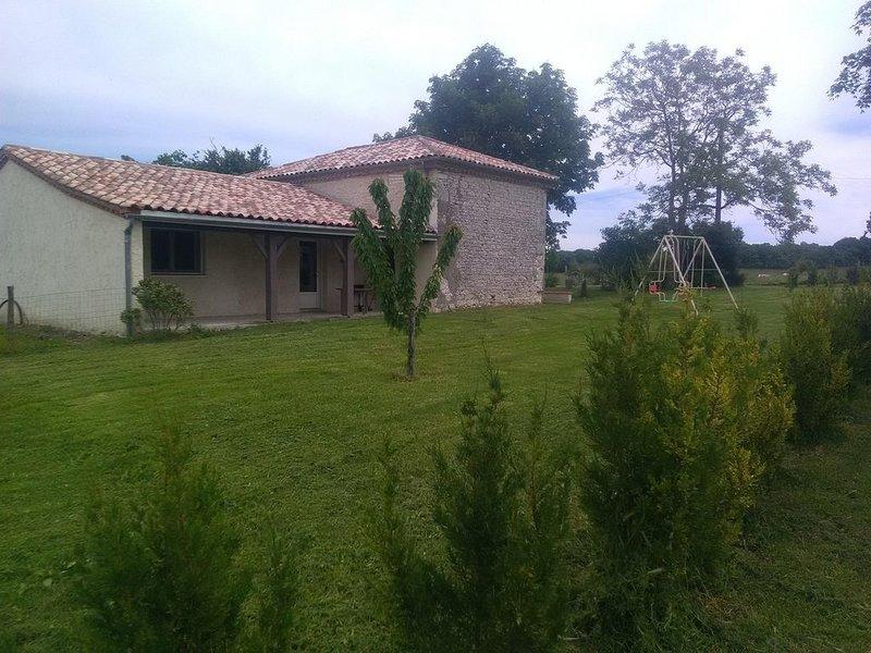 Jolie maison de campagne, location de vacances à Touffailles