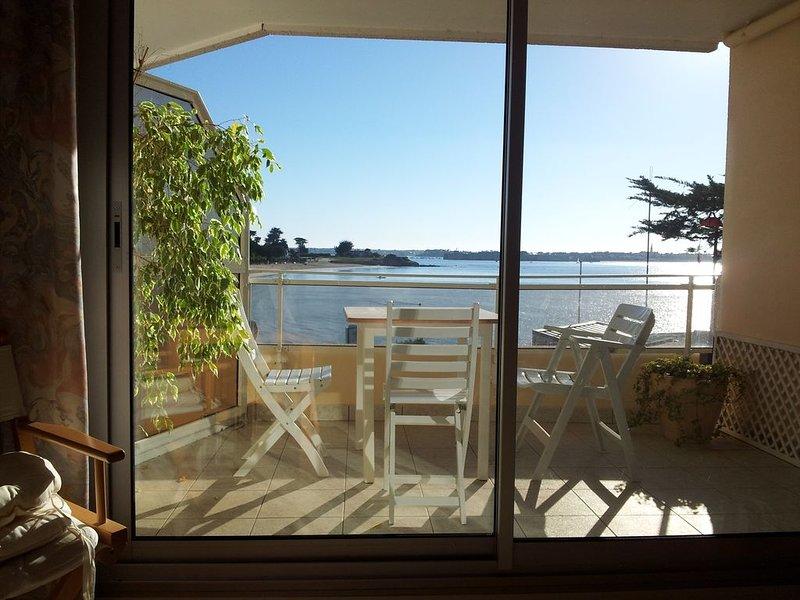 Vue mer imprenable appartement 2 chambres 2 sdb, casa vacanza a Gavres