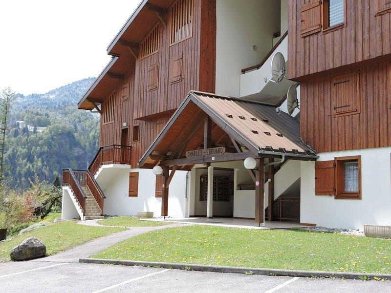 location appartement T3 à Samoens en rez de chaussée avec terrasse, location de vacances à Samoëns