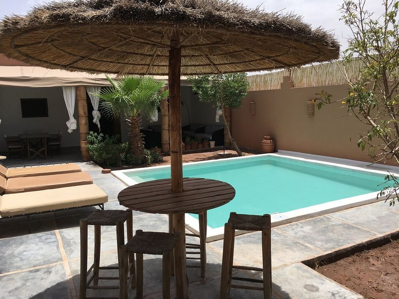 Villa 'Sacha' Marrakech (3rooms-6persons), holiday rental in Lagouassem