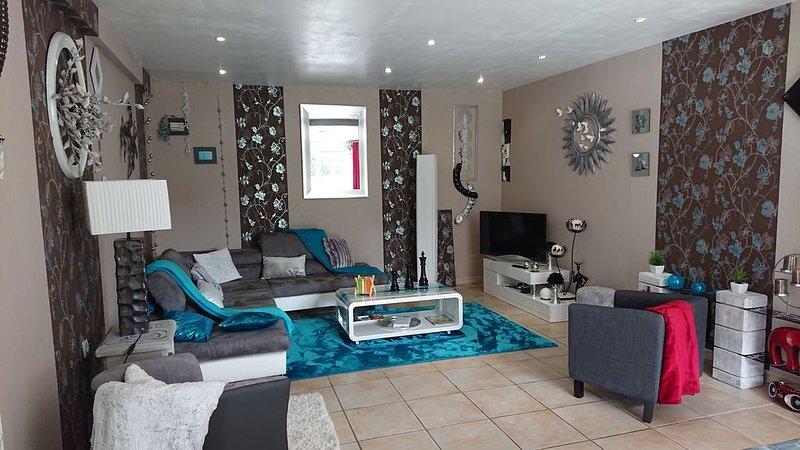 Maison 2 chambres , à 500m de la plage et des commerces., holiday rental in Saint-Quay-Portrieux