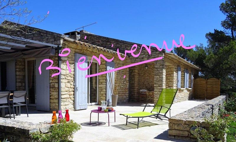 Chambre d'hôte raffinée dans le Lubéron, holiday rental in Murs