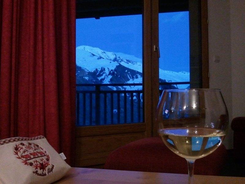 Appartement 3 pièces chaleureux, clair et équipé, location de vacances à Orcières