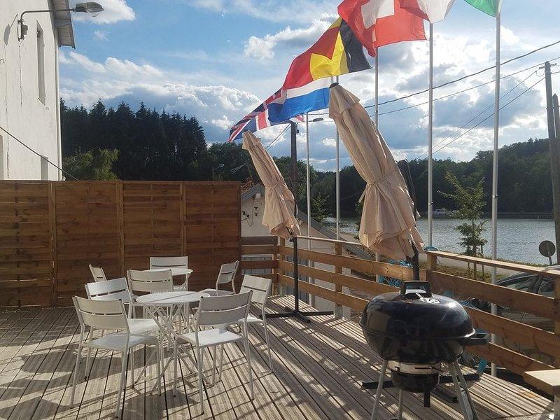 Gîte La Frégate 2-4 pers. Sur le Canal des Vosges et au coeur des Vosges., holiday rental in Bains-les-Bains