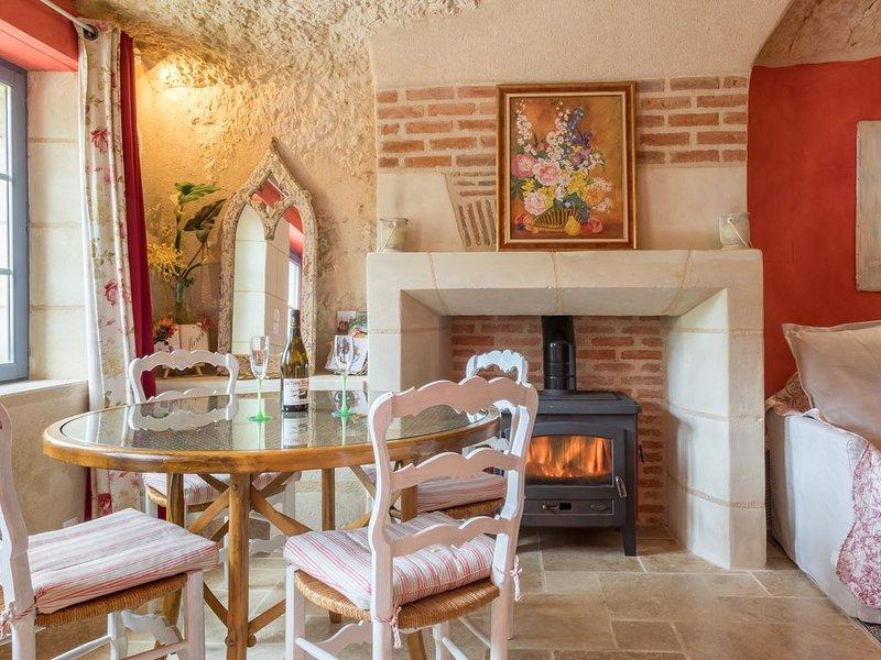 Maison de vacances troglodytique en Touraine, location de vacances à Reugny