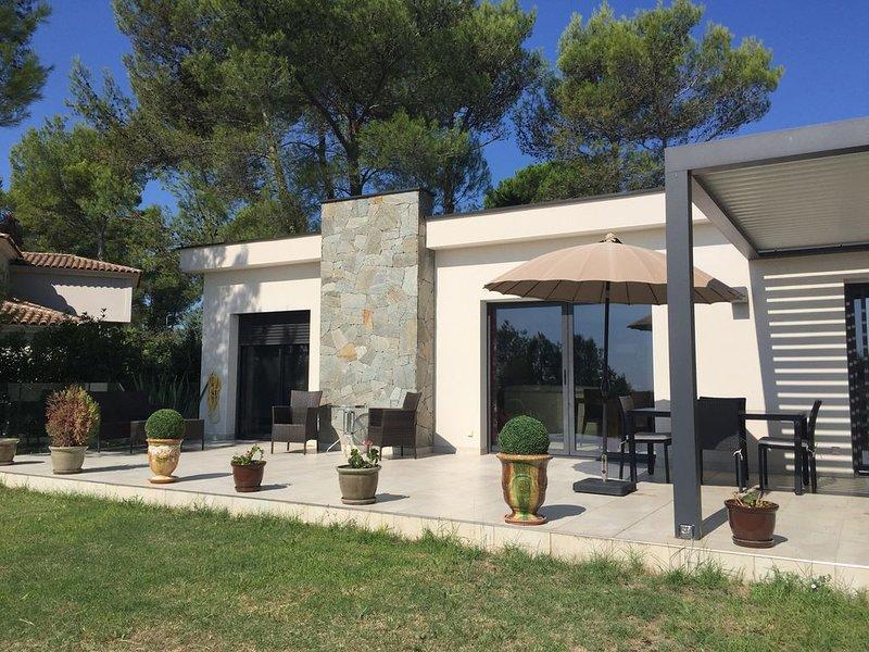 Magnifique villa Luxe 3 Chb à proximité immédiate de Montpellier, aluguéis de temporada em Les Matelles