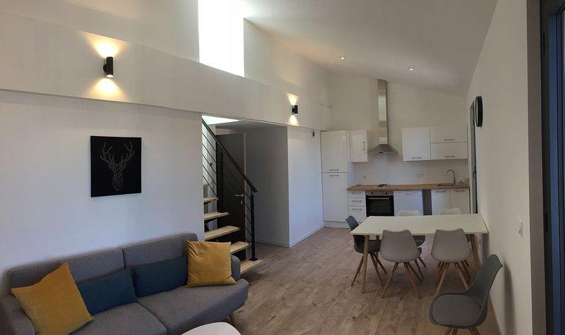 Appartement duplex en plein coeur de Marseillan, location de vacances à Marseillan