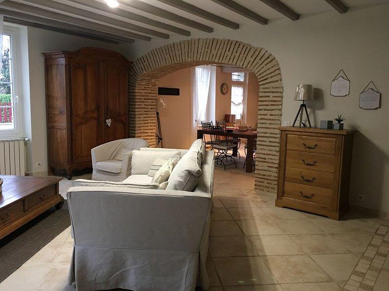 charmante maison en pierre, holiday rental in Castelmoron-sur-Lot