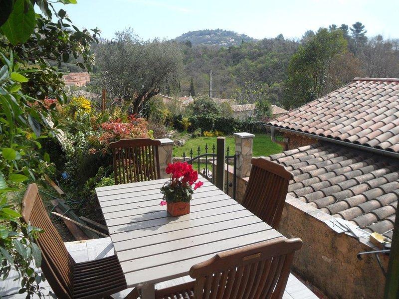 Maison dans les collines de Grasse, location de vacances à Grasse