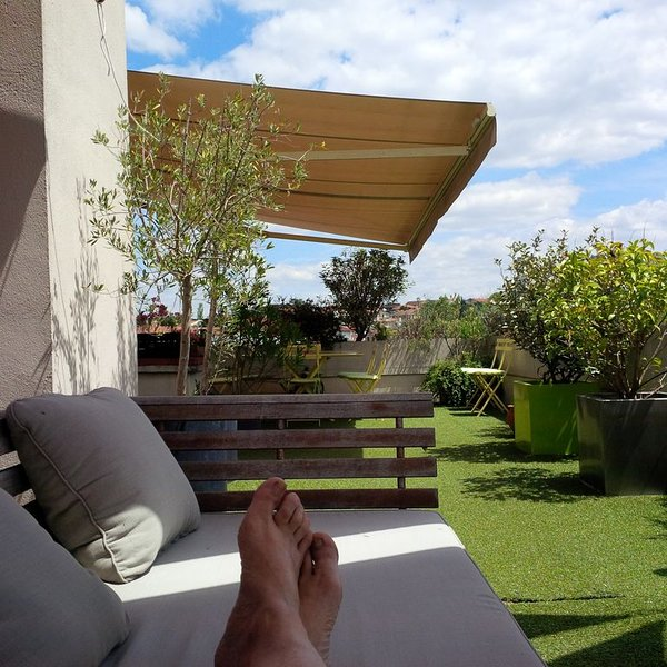 T5 EXCEPTIONEL ! SUPER TERRASSE 60M2 près Gare SNCF possible 8 PERSONNES, holiday rental in Balma