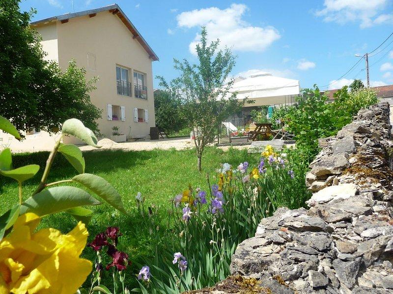 GITE-APPART tout confort, entre NANCY et METZ  en ' Petite Suisse Lorraine'., holiday rental in Buxieres-sous-les-Cotes