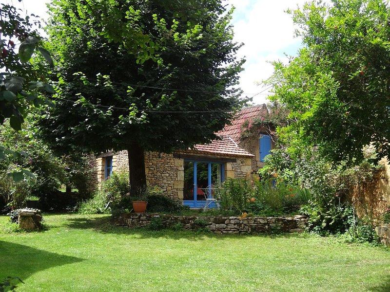 Gîte au calme en Périgord noir, casa vacanza a Saint-Cyprien