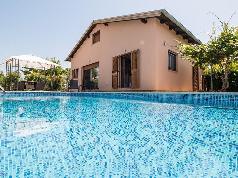 Villa Dana con piscina, casa vacanza a Rovigno