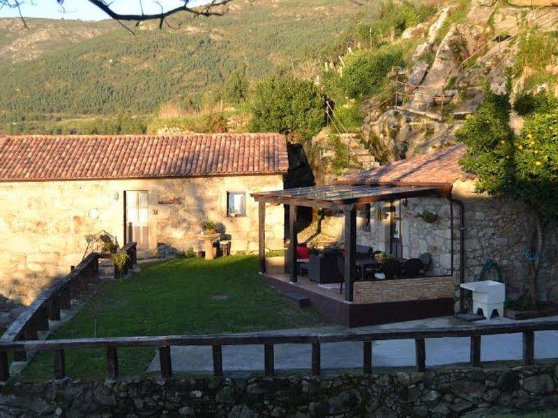 Casa - 4 Dormitorios con Vistas al mar - 104957, alquiler vacacional en Oia