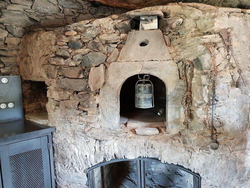Gite dans un ancien séchoir à châtaigne, location de vacances à Castello-di-Rostino