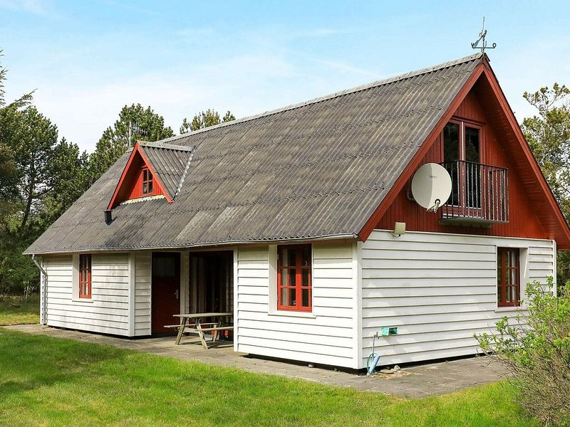 Comfortable Holiday Home in Vestervig Near the Coast, location de vacances à Ydby