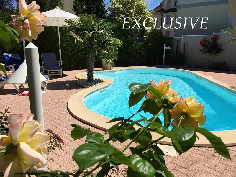 Very nice modern apartment 85m²+Garage-Garden-Pool, alquiler vacacional en Lorrach
