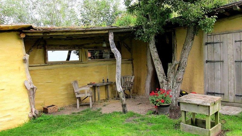 kunstenaars woning /atelier, vacation rental in Schagerbrug