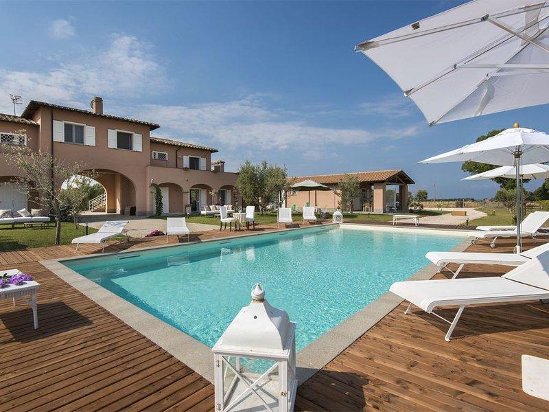 Villa a Marina Velca con 11 camere da letto e 24 posti letto, casa vacanza a Tarquinia
