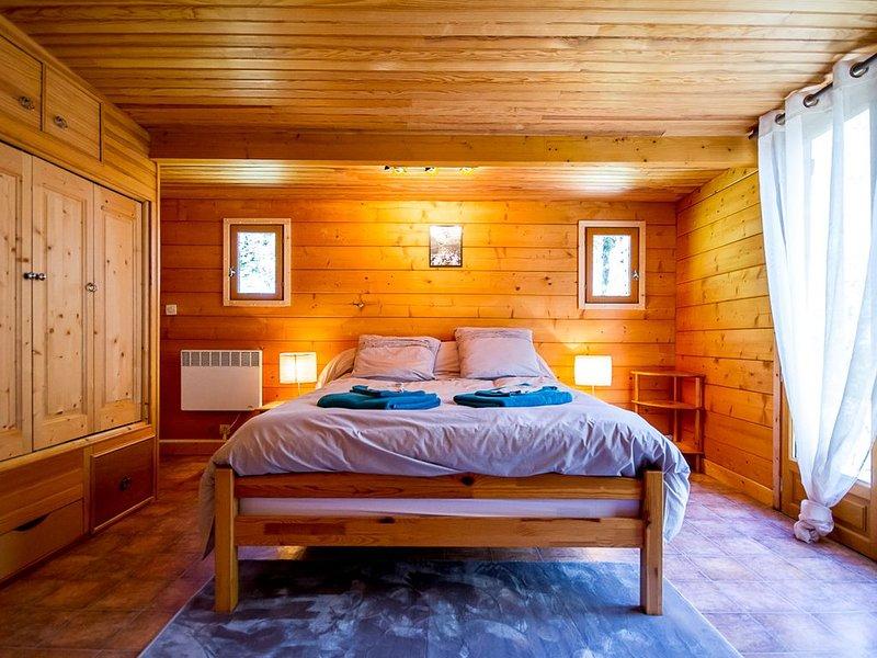 CHÂLET LA SOUCHE DES LOGES, vacation rental in La Cellette