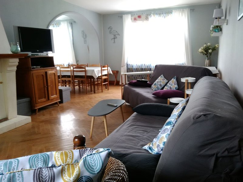 Gite  8/15 pers proche du Zoo de Beauval, vacation rental in Saint-Romain-sur-Cher