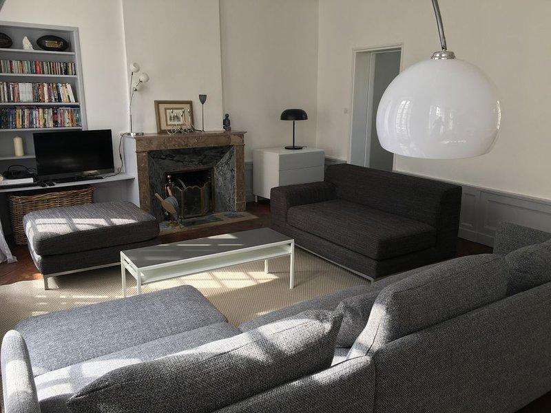 Grande maison familiale en plein coeur de Bayeux (jusqu'à 10 personnes), holiday rental in Saint-Vigor-le-Grand