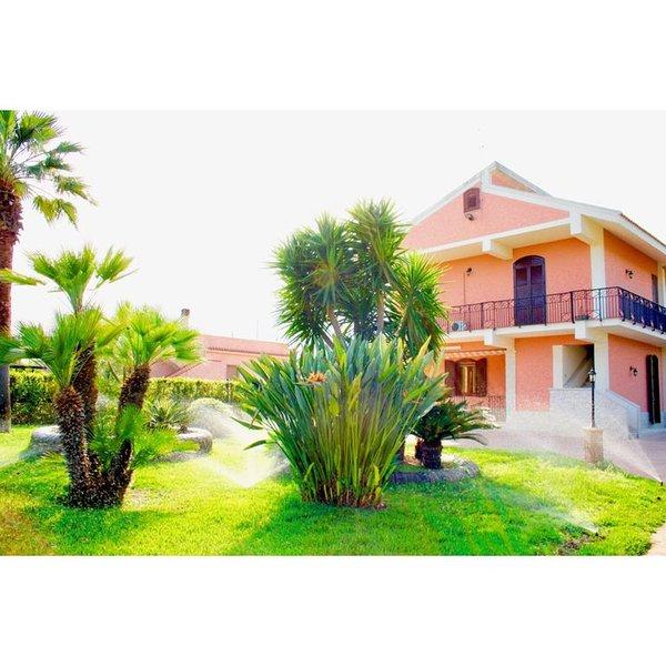 VILLA STERLIZIA, casa vacanza a Capo Negro