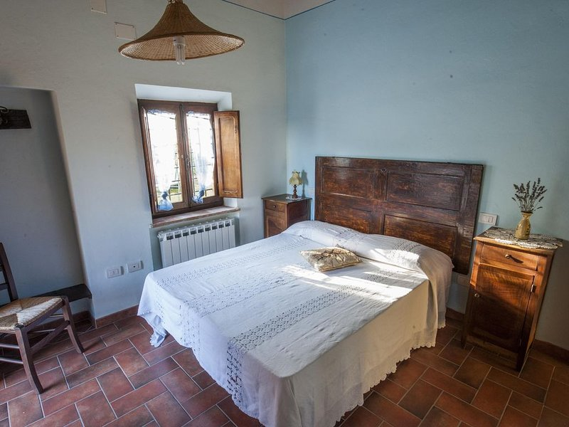 Casa nella campagna cortonese, holiday rental in Fratticciola
