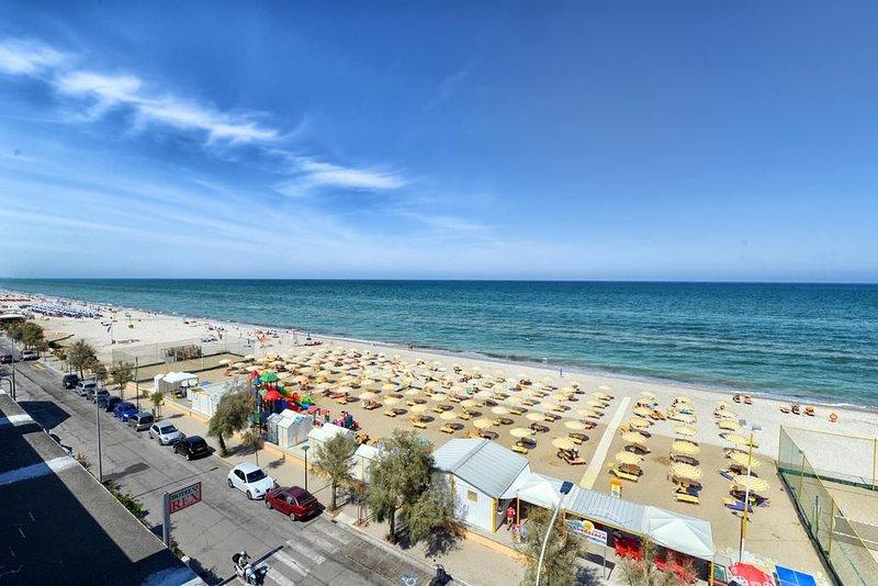 Affitto App. nuovo ,per max 4 persone, in RESIDENCE MAMELI di Senigallia, vacation rental in Scapezzano