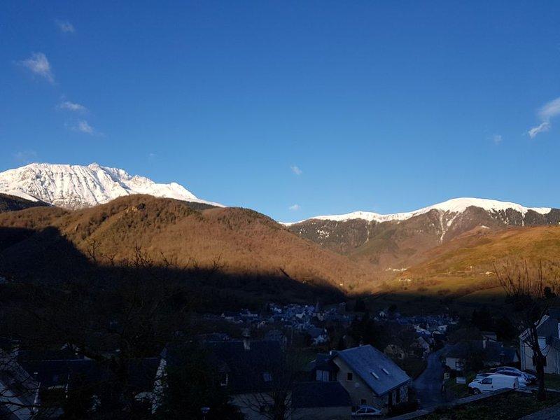 Appartement pour des vacances à la montagne, holiday rental in Gouaux