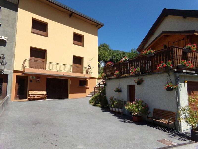 MAISON: Meublé de tourisme 3 étoiles à St Michel de Maurienne 73140, holiday rental in Saint Michel de Maurienne