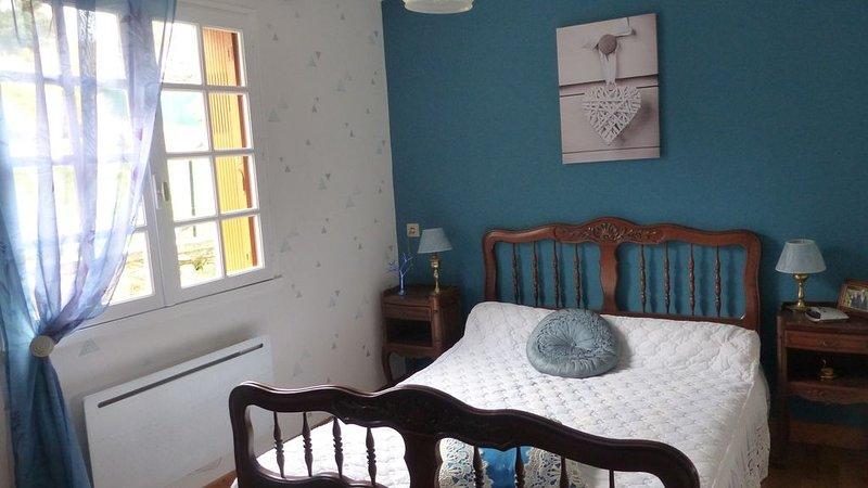Belle maison familiale 3ch entre Lascaux et Hautefort, holiday rental in La Bachellerie