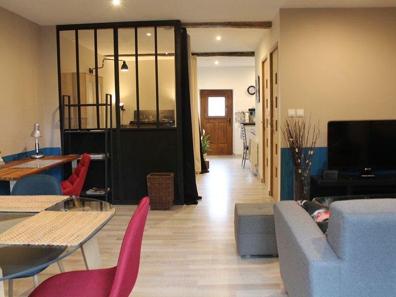 Gîte le Clos d'Olon 'classé 4 étoiles' à 7 km voiron pour 2 à 4 personnes, holiday rental in La Sure en Chartreuse