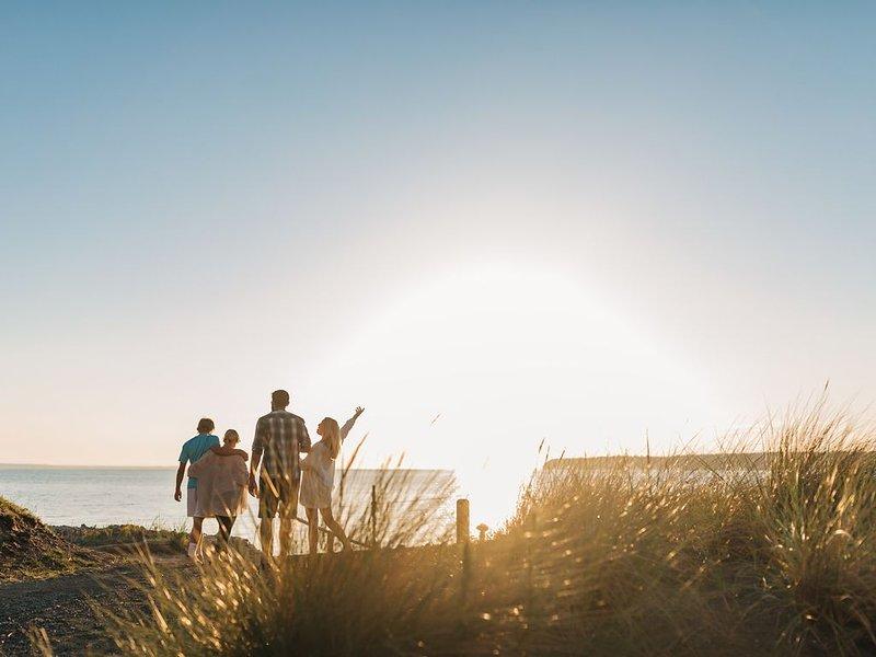 Beautiful Beachfront Getaway in Stunning Semiahmoo, alquiler vacacional en Blaine