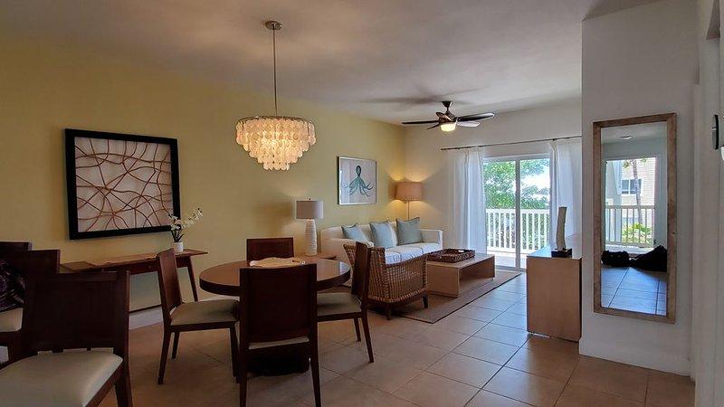 'ENDLESS SUNSETS' Ocean View Villa 2 Bedroom / 2 Bath, holiday rental in Bimini