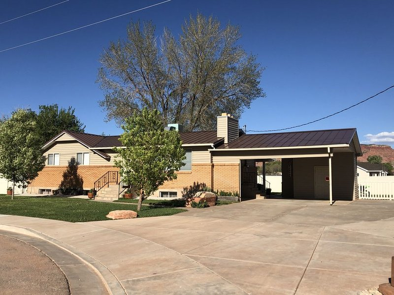 HOME AWAY FROM HOME- NEW LISTING, vacation rental in Kanab